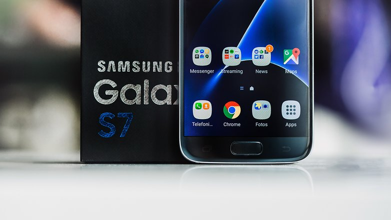 Samsung-galaxy-s7-5 -Top 10 Marshmallow Phones 2016