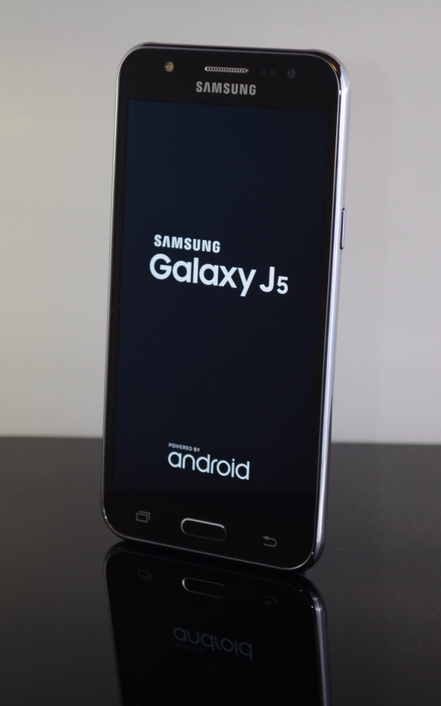 Samsung Galaxy J5 - Marshmallow Phones Under Rs20000